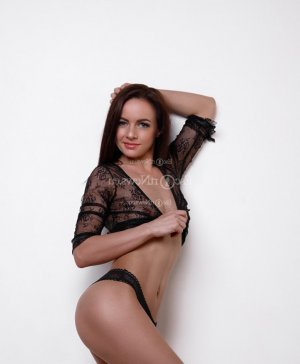 Yvelyse massage parlor in Jersey City NJ & escort girl