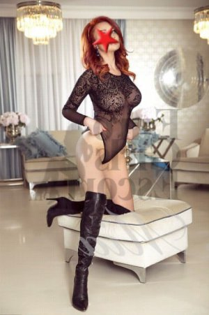 Chantal-marie ts escort and thai massage